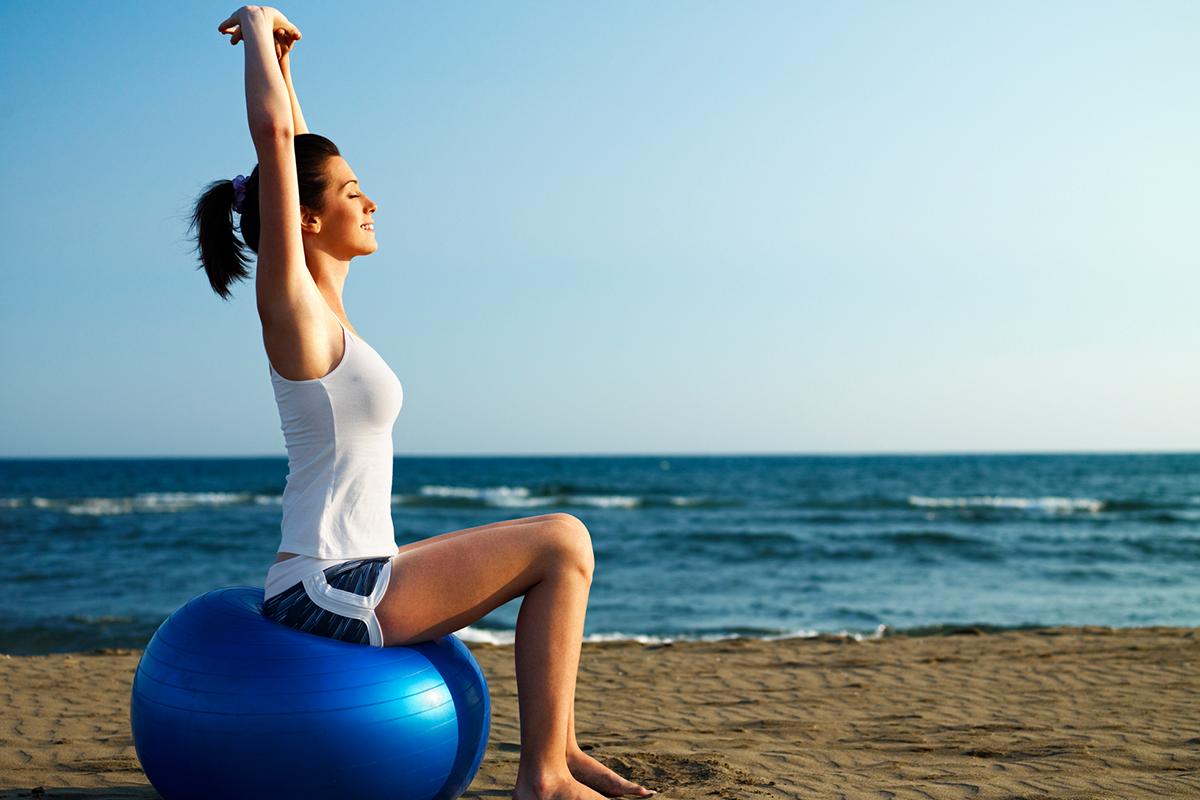 o que levar para a praia, verão, férias, saúde, esporte, treinar na praia, verão 2019